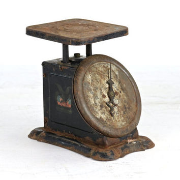 Vintage Scale, Antique Kitchen Scale, Black Scale, Rustic Kitchen Scale, Primitive Scale, Rusty Old Scale, Farmhouse Decor