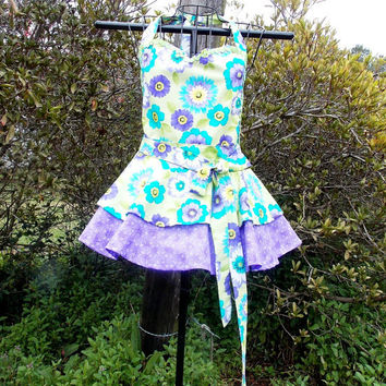 Full Bib Apron in Purple and green with flowers, Sweetheart neck, Pin-up girl, gift, women's,