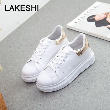 LAKESHI Wild Fashion Women Canvas Shoes 2018 New Casual Shoes White Thick-soled Female Shoes Summer Flat Shoes Increase Shoes