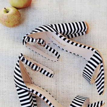 Bamboo Striped Canvas Open Toe Ankle Strap Chunky Heel   UrbanOG