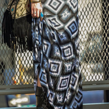 SALE Maxi Skirt Black White Print Boho Yoga Band Flowy Supermodel Tall Regular Petite