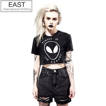 2019 Style Grunge Women Crop Top Graphic Tees BEWARE OF THE HUMANS Alien Printed Short T Shirt