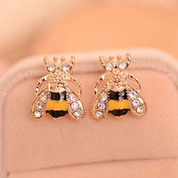 Lovely Insect Small Bee Gold Plated Rhinestone Stud Earrings for Women Jewelry