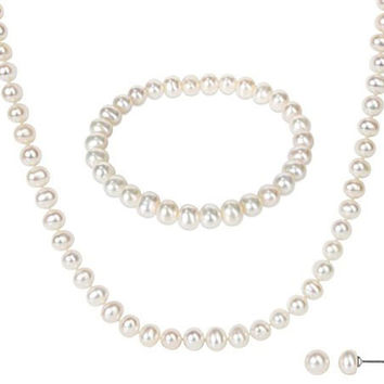 The Diva Pearl Necklace Set