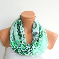 Infinity Scarf,Loop Scarf,Circle Scarf, Green, Leopard Pattern chiffon fabric Scarf,Cowl Scarf,Nomad Cowl. Leopard Pattern,
