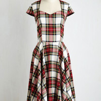 Vintage Inspired Long Short Sleeves A-line Dean's List Diva Dress in Cardinal Plaid