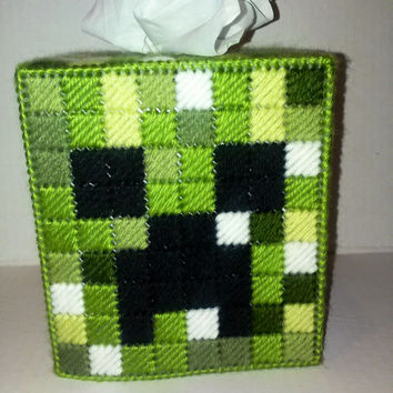 Minecraft Creeper, Tissue Box Cover, Plastic Canvas, Boutique Box, Gamer Gift, Room Decor, Holiday Gift, Geekery, Video Game, Gift for Teens