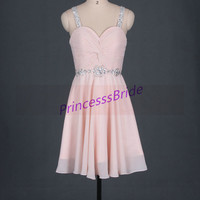 2014 short pink prom dresses with sequins and rhinestones,chic beaded bridesmaid gowns for girls,cheap cute maid of honor gowns under 100.