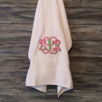 Lilly Pulitzer Applique Monogram Bath Sheet * free shipping *