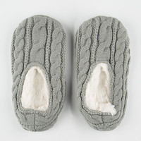 Full Tilt Cable Knit Womens Slipper Socks Light Grey  In Sizes