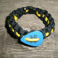 Blue Guitar Pick Paracord Bracelet with Yellow Stripe