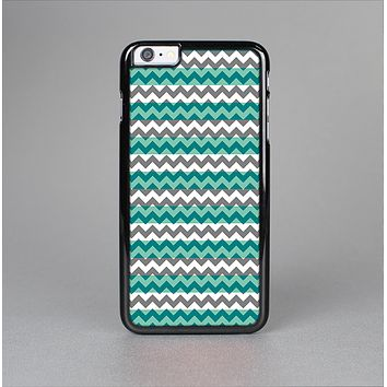The Vintage Green & White Chevron Pattern V4 Skin-Sert for the Apple iPhone 6 Plus Skin-Sert Case