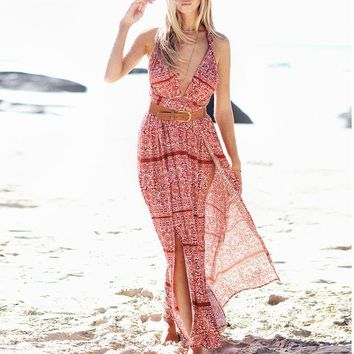 The new Bohemian beach chic sexy dress