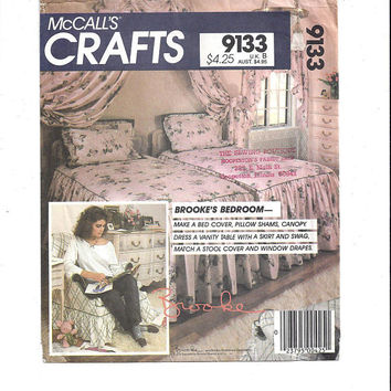 McCall's 9133 Crafts Pattern for Brooke's Bedroom, From 1980s, Instruction Booklet for Bed Cover, Shams, Canopy, Drapes, Vintage Pattern