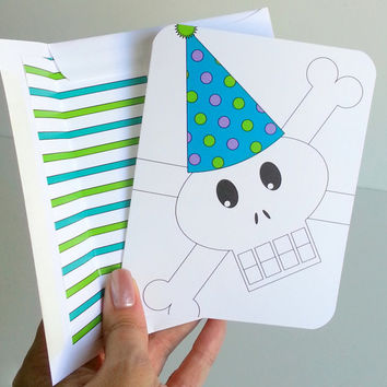 Happy Birthday Card for Boys Skull and Crossbones Jolly Roger Pirate Greeting Card Lined Envelope Birthday Party Hat Colorful Fun Birthday