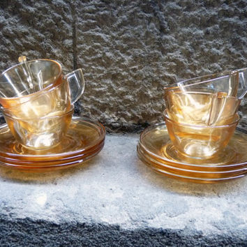 ELSA Caramel glass set of 6 cups and saucers, from the 60-70's