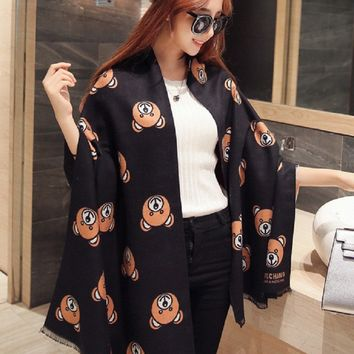 Luxury Brand Winter Bear Head Scarf Female Warm Long Section of Thicker Scarf Long Design Bear Print Double Faced Cape Pashmina