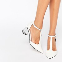 Lost Ink Dame White Silver Mid Heeled Shoes