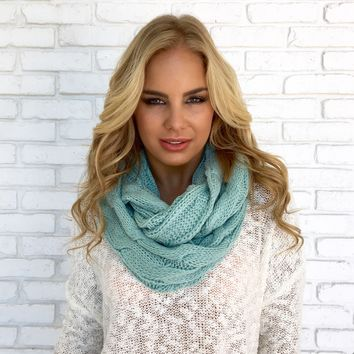 Cozy Knit Infinity Scarf in Mint