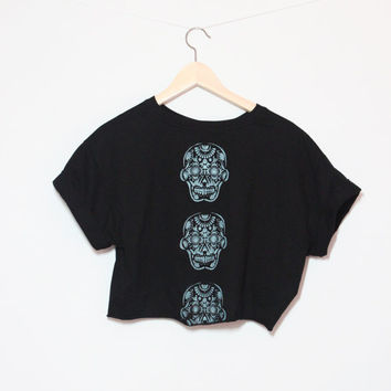 Printed Day of the Dead Sugar Skulls Crop Top, Cropped T Shirt, Dia de los Muertos (One Size Fits Most)