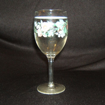 Designer White Wine Stemware 6-1/2in x 3in x 3in Clear Floral Country Glass -- Used