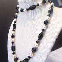 Vintage Beaded Necklace Black White Retro Jewelry Beads Fashion Accessories For Her