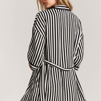 Striped Contrast Robe