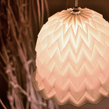 $25.00 Origami Paper Lamp Shade / Lantern Bell by tyART on Etsy