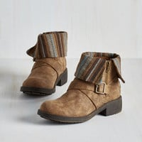 Boho Shooting Star Search Bootie in Loam