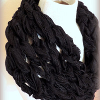 Knitted infinity scarf,black chunky knitted scarf, hand knitted scarf, loop scarf, knitted scarves, thick winter scarf