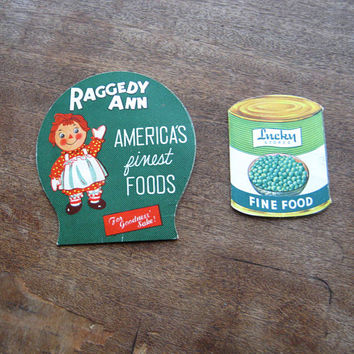 Lady Lee/Lucky Stores Vintage Die Cut Pea Can Replica Needle Book with Produce Label-Style Raggedy Ann/America's Finest Foods Sewing Needles