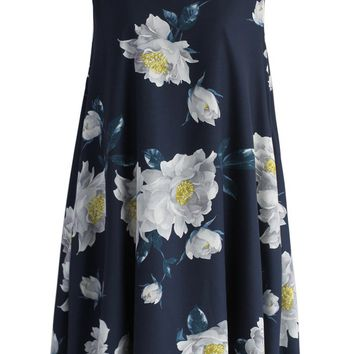 Dulcet Peonies Shift Dress in Navy