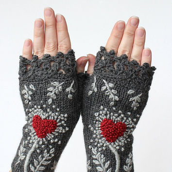 Knitted Fingerless Gloves, Gloves & Mittens, Gift Ideas, For Her, Winter Accessories, Dark Grey, Heart