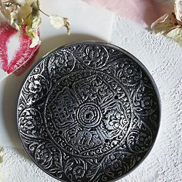 Adorn by Sarah Lewis Womens Incense Burners - Silver One