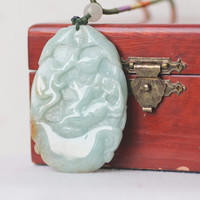 Jade Pendant Necklace Vintage//Gift For her//Gift For Him