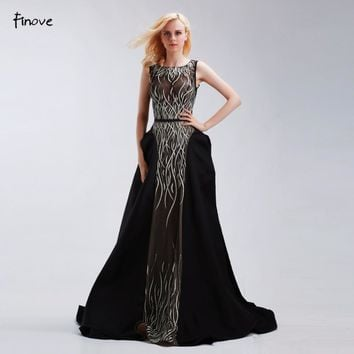 Formal Evening Gowns Dresses Black Floor-Length Long New Sleeveless O-Neck A-Line Beading and Embroidery