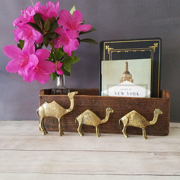 Brass Camel/ Camels/ Camel Decor/ Brass Figurines/ Egyptian Decor/ Brass Animals/ Boho Decor/ Bohemian Decor/ Vintage Brass Animals