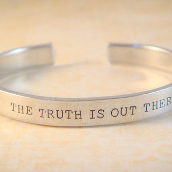 The X-Files Jewelry / X Files Jewelry / The X-Files Bracelet / Handstamped Aluminum Cuff / Nerdy Jewelry / The Truth Is Out There