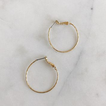 Dainty Twist Hoops