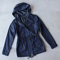 Womens hooded utility parka jacket with drawstring waist - navy