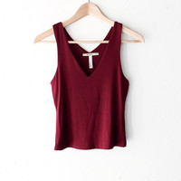 Knit V-neck Crop Tank Top - Burgundy