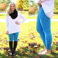 The Perfect Leggings in Turquoise