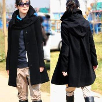 Black wool coat / removable cap by yuan123 on Etsy