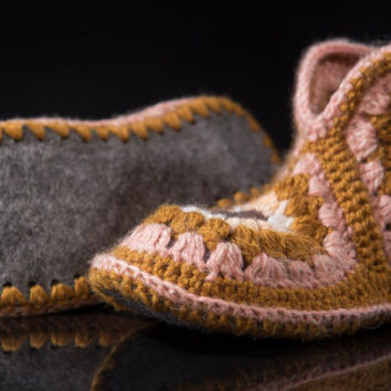 Soft Wool Hand Cable Knit Slippers,Indoor Knitted Slippers, Knit Cable Slipper Boots,Knit Mukluk Slippers-Cable Slippers - Custom Order