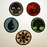 MTG Mana Symbol Shiny Metallic Embroidery patch. Basic Land Icon, Magic the Gathering iron on patch.
