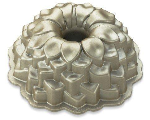 Blossom Bundt Cake Pan From Williams Sonoma Kitchen