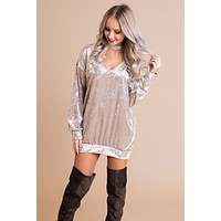 Can't Tie Me Down Velvet Tunic (Champagne)
