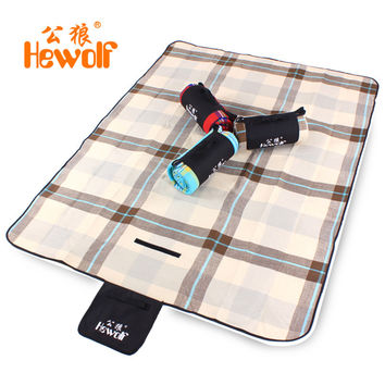 Hewolf Cashmere Picnic Mat waterproof Aluminum Film Tent Sleeping Pad Foldable Beach Camping mat blanket Cushion 170*130cm