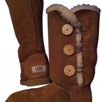 UGG Boots Bailey Triplet Button Tall Light Brown Boots 70% off retail