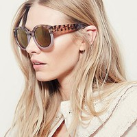 Free People Womens Two-Tone Abbey Road Sunglasses